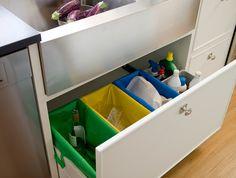 00332212 O. cubos de basura de reciclaje 00332212 O Home Kitchens, Ideas Para, Toy Chest, Storage Chest, New Homes, Room Decor, Organization, Interior Design, Furniture