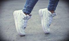 Nike aie force !! #Yep #White :D <3 #YOLO !!