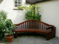 20 stilvolle Ideen für Sitzecke im Freien – bequemer Sitzplatz im Garten - sitzecke im freien  braun bank ecke