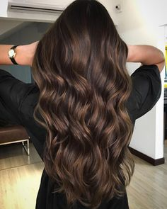 Long Dark Brown Shag with Textured Bangs - 20 Stunning Long Dark Brown Hair Cuts and Styles - The Trending Hairstyle Brown Hair Cuts, Golden Brown Hair, Brown Hair Shades, Brown Hair With Blonde Highlights, Brown Hair Balayage, Light Brown Hair, Brown Hair Colors, Hair Highlights, Caramel Balayage