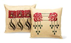 Craftsman pillow kits - Aster and pendant rose designs are from Ann Wallace/Prairie Arts. Arts And Crafts Movement, Fabric Rug, Linen Fabric, Arts And Crafts House, Home Crafts, Craftsman Style Bungalow, Craftsman Homes, Art Nouveau, Art Decor