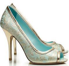 Stunning! Tory Birch brocade peep toe shoes
