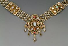Princess Stéphanie of Belgium received this matched set of jewelery as a  gift from the city of Budapest on the occasion of her marriage to Crown  Prince Rudolph on 10 May 1881.