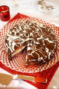 Marmoroitu suklaa-appelsiinikakku | K-ruoka