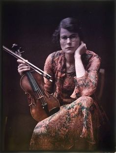 Violinist by Mary Olive Edis. Autochrome photo, 1910's