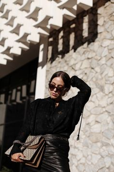 CARSON AVENUE | Fiona from thedashingrider.com wears a black blouse from H&M Studio AW 16 Collection, Ikks leather skirt and Gucci Dionysus bag | Petite Blogger | Style Blogger | Outfit | The full look is available here: http://liketk.it/2pji2