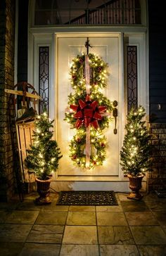 Get your home ready for Christmas with these 25 Christmas Porch Decorating Ideas. Beautiful ideas for your porch that are simple and budget friendly!