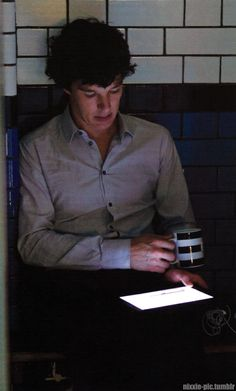 """simpleanddestructivechemistry: """"nixxie-pic: """" - Sherlock Promo Pictures from the magazine at Sherlocked 2015 & scanned/edited - Benedict learning lines in the police cell - These take over an. Molly Hooper Sherlock, Sherlock Season, Sherlock Holmes Bbc, Sherlock Holmes Benedict Cumberbatch, Benedict Cumberbatch Sherlock, Watson Sherlock, Sherlock John, Jim Moriarty, John Watson"""