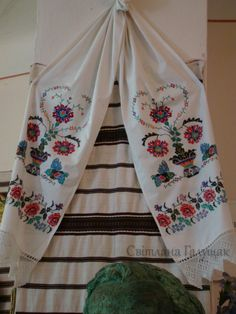 """Gallery.ru / Фото #32 - """"В Борщівському краї цвітуть вишиванки"""" - svetik67"""