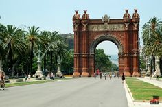 "Barcelona - Arc del Triomf, Španělsko"" Big Ben, Barcelona, Spain, Building, Places, Travel, Walls, Souvenirs, Viajes"