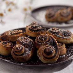 Kakaós csiga kelt tésztából Recept képpel - Mindmegette.hu - Receptek Almond, Muffin, Breakfast, Recipes, Food, Morning Coffee, Recipies, Essen, Almond Joy