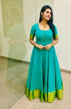 Silk Kurti Designs, Half Saree Designs, Kurti Designs Party Wear, Blouse Designs, Girls Frock Design, Long Dress Design, Stylish Dresses For Girls, Frocks For Girls, Dress Indian Style