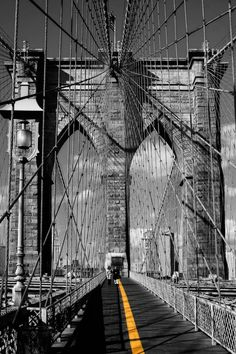 Brooklyn Bridge - Black & white by Digital Craft Factory , via New York City Feelings