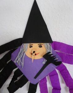 Halloween, Disney Characters, Fictional Characters, Aurora Sleeping Beauty, Disney Princess, Crafts, Classroom, Witches, Magick