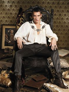 Johnathan rhyes meyers from the tudors.