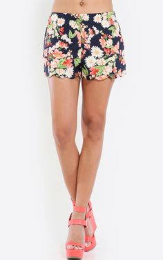 High waisted, scallop hem wild flowers shorts. The print on these are too cute! So Springtime. | MakeMeChic.com