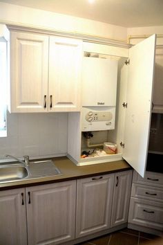 Choosing Your New Kitchen Cabinets Wood Kitchen Cabinets, Ikea Kitchen, Kitchen Furniture, Kitchen Decor, Shaker Cabinets, Small Galley Kitchens, Diy Kitchen Remodel, Kitchen Black, Hidden Desk