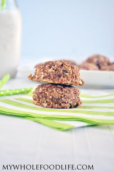 Just 3 simple ingredients to make these healthy oatmeal cookies with no added sugar.  These are nut free too so they would be great for school lunchboxes.  #vegan #glutenfree