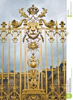 versaille-palace-golden-fence-featuring-sun-king-versailles-emblem-louis-xiv-35078954.jpg (958×1300)