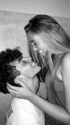 Cute Couples Photos, Cute Couple Pictures, Cute Couples Goals, Cute Boyfriend Pictures, Love Pics, Cute Teen Couples, Beautiful Pictures, Freaky Pictures, Cute Couple Selfies