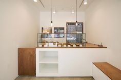 큐플레이스 외식 상공간 전문 인테리어 Bakery Shop Design, Coffee Shop Interior Design, Cafe Counter, Small Coffee Shop, House Cladding, Cafe Concept, Counter Design, Cafe Restaurant, Kitchen Interior