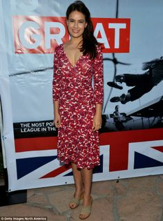 Sophie Winkleman, wife of Lord Frederick Windsor, in a floral dress at the British Consulate in Los Angeles in Sophie Winkleman, Lord Frederick Windsor, Celebrity Style Inspiration, Fashion Inspiration, Before And After Weightloss, Foot Pics, Star Wars, Prince And Princess, Celebrity Feet