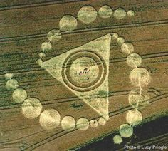 Amazing crop circle in the UK