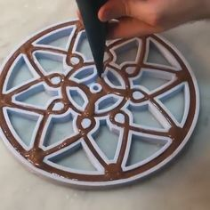 cake decorating videos Making a chocolate Ferris wheel with macaron passengers Chocolate Videos, Chocolate Work, Cute Desserts, Delicious Desserts, Yummy Food, Beautiful Desserts, Tasty, Baking Recipes, Dessert Recipes