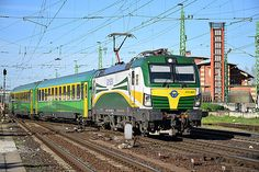 Trains and locomotive database and news portal about modern electric locomotives, made in Europe. Rail Train, Electric Train, Electric Locomotive, Commercial Vehicle, Model Trains, Taurus, Europe, The Unit, Train