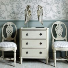 Superbe Bureau Small Hand Carved And Hand Painted Furniture From Chelsea Textiles.  Purchase From Our Scandinavian Gustavian Collection Where Our Gustavian  Furniture ...