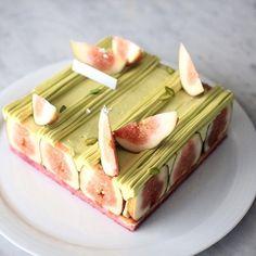 "carre figue ""휘그"" #fig#pistachio#biscuit#joconde 시즌 클래스 메뉴 테스트 #시크릿클래스 #바닐라클라우드 청담동 42_1,1층 #강남구청역 4번출구 도보 3분 We make special cake for special person #cake#dessert#sweets#케이크#케익#디저트#생일#선물#디저트스타그램#맛스타그램#먹스타그램#주문케익#베이킹#베이킹클래스#premiumcake#cakedesigner#baking#bakingclass#dessertshop#patissier#ordermade#cupcake - 28, Seolleung-ro 132-gil, Gangnam-gu, Seoul, Korea"