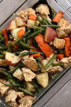 Instant Pot Homestyle Chicken and Vegetables--well seasoned chicken, green beans, red potatoes and carrots are all cooked together quickly in your electric pressure cooker. A true one pot meal that is family friendly, tastes amazing and is so easy to put together.