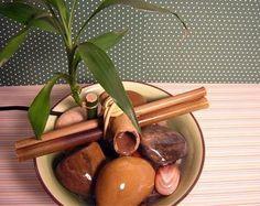 Aprenda como fazer uma fonte japonesa para a sua casa! É uma opção bem legal para quem quer dar novos ares ao lar. Veja como! Ter uma bela fonte em ambientes de nossa casa ou até mesmo no trabalho, significa ter o movimento do dia a dia com mais harmonia. O espaço em questão se …