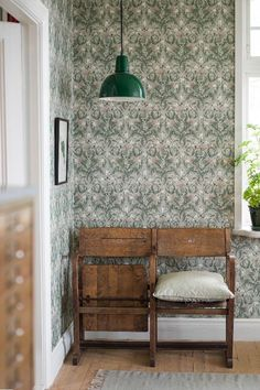 wallpaper Thistle by Boråstapeter - Green - 7203 Boråstapeter damask style wallpaper design of entwining thistles creating a unique vintage feel to your room. This is such gorgeous wallpaper! I love the old vintage cinema chairs too! Thistle Wallpaper, Flowery Wallpaper, Green Wallpaper, Vintage Style Wallpaper, Feature Wallpaper, Wallpaper Online, Wallpaper Samples, Pattern Wallpaper, Craftsman Wallpaper