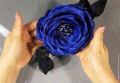 Мастер-класс: Роза-брошь из ткани без использования специальных инструментов - Ярмарка Мастеров - ручная работа, handmade