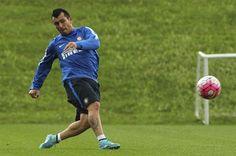 Gary Medel entrena con INTER DE MILAN