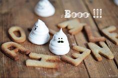 Ghosts Meringues Halloween Idea