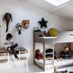 Amber In The Sky Bunk Bed from @perludikidsdesign | DKK 18999. Shop link in bio.  #studiominishop #perludi #amberinthesky #bunkbed #kidsroom #kidsfurniture #kidsinterior #køjeseng #børneværelse #børnemøbler #børneinteriør