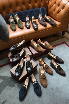 The Best Men's Shoes And Footwear : Loafer love – of all types to match with denim, chinos, suits, and more! Best Shoes For Men, Men S Shoes, Mens Fashion Shoes, Look Fashion, Men Dress, Dress Shoes, Gentleman Shoes, Mode Shoes, Mens Slippers