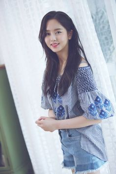 """[Interview] Kim So-hyun, """"Acting for 10 years? It feels like I'm at the beginning at the age of twenty"""""""