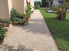 mramor marfil a hnedy mix 4 Drought Tolerant, Stepping Stones, Sidewalk, Outdoor Decor, Green Houses, Gardens, Courtyards, Stair Risers, Side Walkway