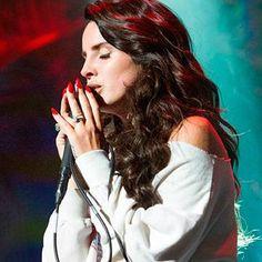 "Ouça ""Honeymoon"", novo single de Lana Del Rey"
