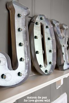 "How to make DIY Vintage Marquee Letters!   What a ""bright"" way to decorate!"