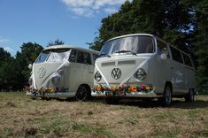Camper Van Photo booth Hire in London and Kent. Our touch screen booth is inside a vintage VW campervan! Wedding Vans, Wedding Car Hire, Wedding Company, Vw Campervan Hire, Outdoor Photo Booths, Car Cost, Vintage Photo Booths, Retro Cars, Camper Van