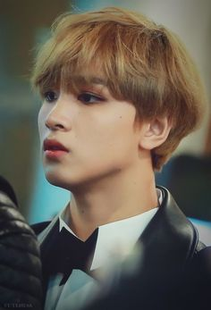 yes hello newsflash i would like hyucks mom to adopt me i heard her voice for like 3 seconds but her banter w him is adorable thank you for tuning in to this psa Nct 127, Taeyong, Jaehyun, K Pop, Nct Dream Renjun, Ntc Dream, Johnny Seo, Fandoms, Wattpad