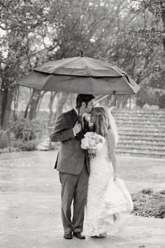 rainy day wedding portrait-wish I woulda done this since it was raining while we were doing pics ..love it!!