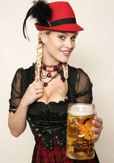 Dresses for Women Oktoberfest Outfit, Oktoberfest Beer, German Girls, German Women, Octoberfest Girls, Burlesque Vintage, Estilo Cowgirl, Costumes Around The World, Dirndl