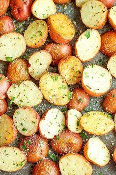 Bu tarifi için mutlaka bebek patates kullanmaya özen gösterin.