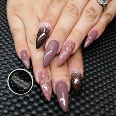 #ShareIG Danielas super long fall nails! @dbaddd