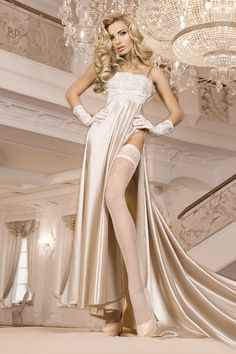 Les bas autofixants blancs 249 sont recouverts d'un motif à croisillons décorant une grande partie de la jambe...♦ Retrouvez nous sur Luxuryalleydessous.com ♦  #Luxuryalley #Ballerina #Ballerinacollant #sexy #lingerie #feminine #jarretière #seduction #Cute #Girl #charme #Fallowme #Like #Follow #amazing #beautiful #love #fashion #Collant #bas #249 ○○○○○○○○○○○○○○ #Luxuryalleydessous #lingerieaddict #lingeriefashion #instalingerie